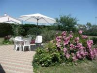 gite Bretignolles sur Mer House Proximité centre-ville, en impasse, maison de pays avec grand jardin clos / 5 personnes 2