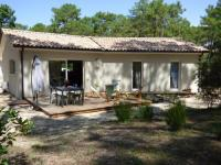 gite Saint Germain d'Esteuil Independent Holiday Home in Gironde with private garden