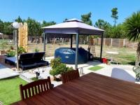 gite Lacanau Modern house with Pool - Jacuzzi in Carcans
