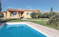 gite Saumane de Vaucluse Stunning home in Caromb w Outdoor swimming pool, 3 Bedrooms and WiFi