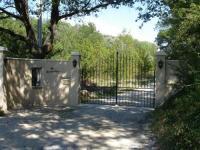 gite Pernes les Fontaines Domaine en Provence Gîte la Ferrandiere