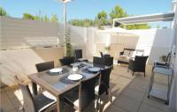 gite Carry le Rouet Three-Bedroom Holiday Home in Carro