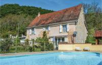 gite Albas Four-Bedroom Holiday Home in Catus