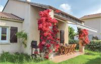 gite San Nicolao Three-Bedroom Holiday Home in Cervione