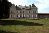 gite Panissières Le Château de Chambost