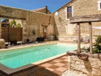 Gîte Gurat Gîte Charming holiday home in Aquitaine with Swimmming Pool