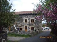 gite Saint Hostien maison Mouilhade
