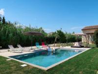 gite Cavaillon Holiday Home Ferienhaus (CUE100)