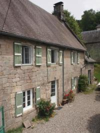 gite Sussac Charming stone house in National Park village