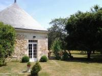 gite Charentilly House Maison du jardin 2