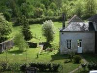 gite Seuilly House La maison du ruisseau 2