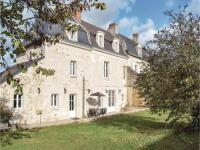 gite Cheillé Four-Bedroom Holiday Home in Saint-Louans,Chinon
