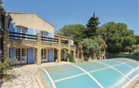 gite Martigues Four-Bedroom Holiday Home in Cornillion Confoux