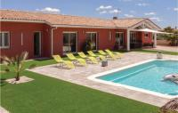 gite Saint Marcel sur Aude Awesome home in Creissan w WiFi, Outdoor swimming pool and Heated swimming pool