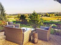 gite Rimons Bordeaux Countryside Mountain Pool Villa (2 bed)