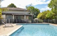gite Puycornet Nice home in Durfort Lacapelette w Outdoor swimming pool, WiFi and 3 Bedrooms