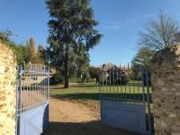 Gîte Fontaine sous Jouy Gîte La Bergerie du Domaine des Buissonnets