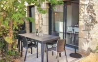 gite Arzon Two-Bedroom Holiday Home in Erdeven