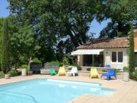 gite Tarascon Sous les chênes, en Provence