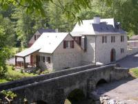 gite Féas Le Moulin d'Eysus : Gîte du Pont de Pierres
