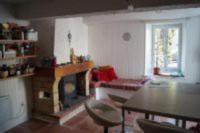 gite Roquefort des Corbières Maison de village au calme sur place arborée