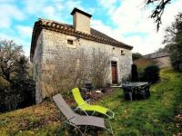 Heritage Holiday Home in Bagat-en-Quercy with Garden-Les-Fontanelles