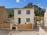 gite Vinça Quaint Holiday home in Languedoc-Roussillon with Garden