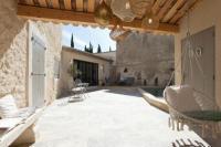 gite Ceyreste Maison de village provencal avec piscine