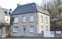 gite Savigny Amazing home in Gavray w/ WiFi and 3 Bedrooms