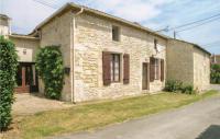 gite Pons Three-Bedroom Holiday Home in Gemozac