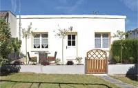 gite Saint Hilaire Petitville Two-Bedroom Holiday Home in Grandcamp-Maisy