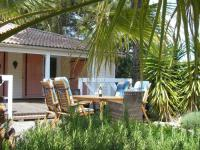 Quiet Holiday Home in Gassin by the Beach-Chenes-Verts