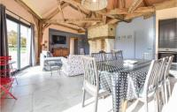 gite Bénarville Three-Bedroom Holiday Home in Hattenville