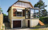 gite Savigny Beautiful home in Hauteville-sur-Mer w WiFi and 3 Bedrooms