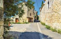 gite Saint Victor de Malcap Beautiful home in Issirac w WiFi and 2 Bedrooms