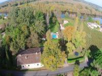 gite Sauveterre de Guyenne Charming mansion with private swimming pool in peaceful, wooded area