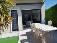 gite Saint Georges de Gréhaigne House Maison mitoyenne avec parking