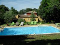gite Cabannes Maison en colline avec piscine