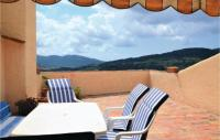 gite Cassis Three-Bedroom Holiday Home in La Cadiere d'Azur