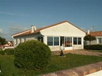 gite Saint Avaugourd des Landes House Grande maison face a la lagune 1