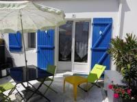 gite Avrillé House Maisonnette dans residence proche plage 1