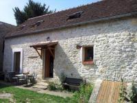 gite Attray Maison en pierre à la campagne