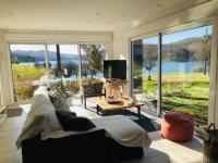 gite Rosis Superbe maison au pied du lac