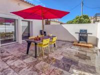 gite Ceyreste Simplistic Holiday Home in La-Seyne-sur-Mer near Beach