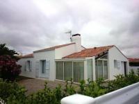 gite Luçon House Maison de vacances t4, dans quartier des magnolias