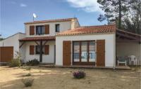 gite Jard sur Mer Three-Bedroom Holiday Home in La Tranche sur Mer