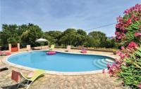 gite Uzès Nice home in Montaren et St Mediers w Outdoor swimming pool, WiFi and Outdoor swimming pool