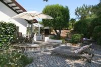 gite Naujac sur Mer Pleasant house with a beautiful garden+terraces close south beach