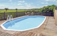 gite Fargues sur Ourbise Beautiful home in Lagrueres w Outdoor swimming pool, WiFi and Outdoor swimming pool