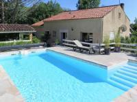 gite Calamane Ferienhaus mit Pool Lamagdelaine 400S